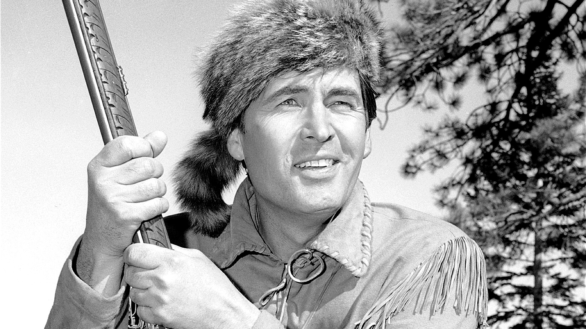 daniel boone episode 10 points Flashing back to 1775, daniel boone is blazing his wilderness road through the cumberland gap in the appalachian mountains with boone is a wagon train of settlers, and on the way he meets and befriends mingo and rebecca.