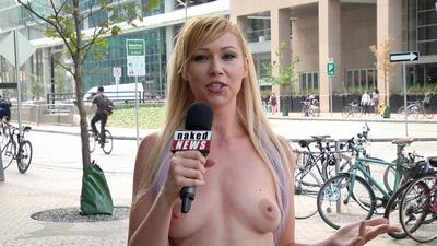 Naked News • S2017E285