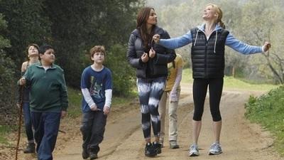Modern Family • S02E21