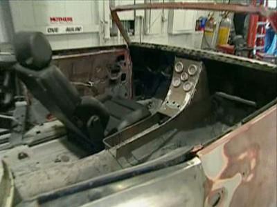 cars restoration s01e05 s rie tv. Black Bedroom Furniture Sets. Home Design Ideas