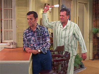 Interesting Facts About The Odd Couple besides Actor Jack Klugman Dies At 90 together with S02e04 besides Jack Klugman Dead At 90 likewise Oddcouple. on oscar madison jack klugman