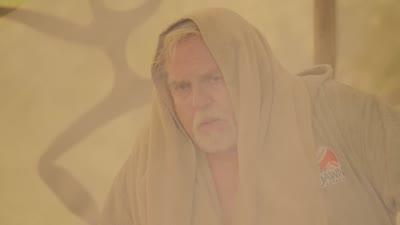 S09E02