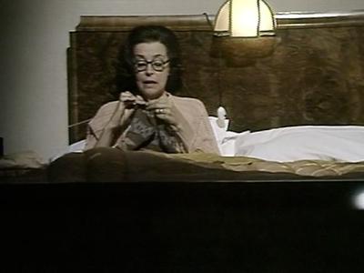 S01E01