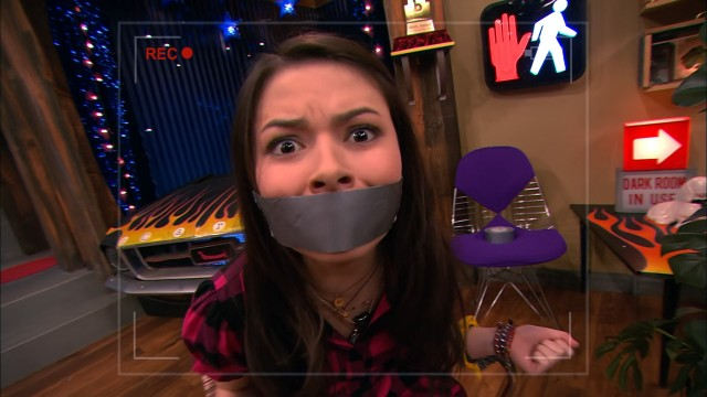ispeed date icarly chord overstreet Say igoodbye to icarly and get ready for an alien alike,' anna the vampire diaries) and chord overstreet ('ispeed date,' sam evans glee) currently.