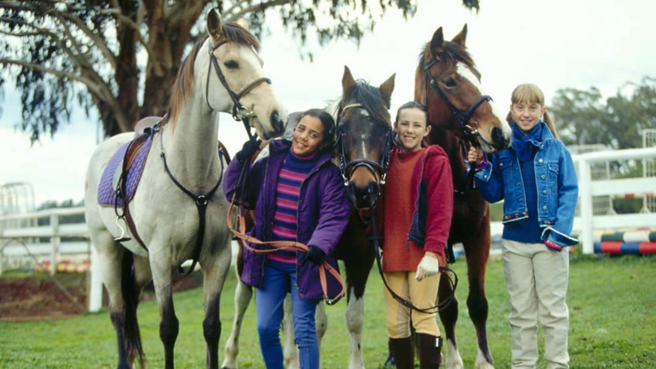 The Saddle Club Tv Show 2003 2009