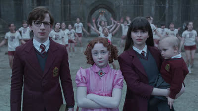 A Series of Unfortunate Events • S02E01