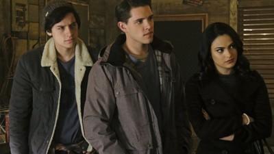 Riverdale • S01E12