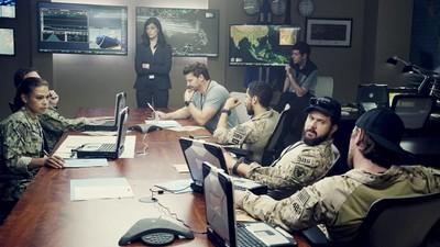 SEAL Team • S01E03